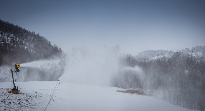 snowmaking-dec13-1