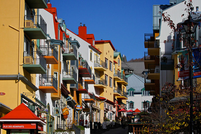 Tremblant's pedestrian village counts more than 80 shops and boutiques, perfect for a well-deserved shopping break in between work commitments.