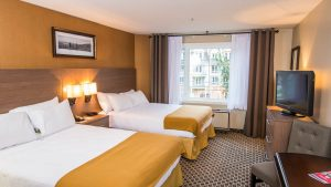 holiday-inn-tremblant-18- hôtels